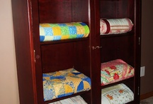 Quilt Stands & Cupboards / by Conchita
