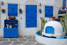 """Altın Renkli Güneşin En Güzel Parladığı Ada """"Kıbrıs"""" / Kıbrıs'ın eşsiz güzellikteki plajlarında güneşe ve denize doyabilir, Girne ve Lefkoşa sokaklarında kaybolmanın keyfini çıkarabilir ve gün batımının güzelliği karşısında büyülenebilirsiniz. Yeşilliklerle kaplı bu samimi ve sıcak yerde kışın tüm yorgunluğunu atabilirsiniz."""