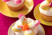 Desserts & Sweets / YUMMI