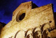 Termoli: il Borgo Vecchio e i suoi Trabucchi / Secoli di storia si inerpicano sulle alte mura del Paese Vecchio. È qui che risiede l'essenza della termolesità: tra cielo e mare