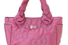 Hello Kitty Luxury Bags / Find Hello Kitty original Luxury Bags with promotion and discount prices.