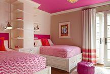 Interiores rosas / Pintura y decoración de interiores en tonos rosas
