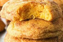 kurabiyeler ve kekler