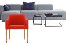 Poltrone e divani / Abbinare divano e poltrona: un gioco creativo che, al di là dei gusti personali, implica senso delle proporzioni e capacità di adattare gli spazi alle proprie abitudini.