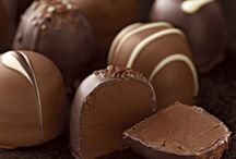 Celebrating Chocolate / The Chocolate story - from Flowers to Desserts