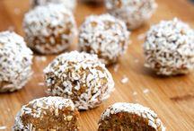 protien balls/ healthy snacks
