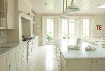 Kitchen / by Devon Scanlon