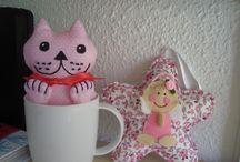 GATO TAZA / ¡¡¡Increible un gato dentro de una taza!!! :-)