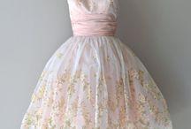 Dresses / Dreams. Everyday glitter.