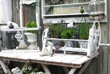 Potting benches & tables