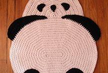 Haken of crochet