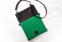 3.7.6. Ladies Bag BRB -black/green/bottle green / Natural leather, 260 x 355 x 5 mm. Shoulder strap and handle.