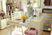Amazing scrapbook rooms / by Dannielle Evensen Becher
