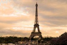 """Wieża Eiffla / Wieża Eiffla - najbardziej znana budowla na świecie. Zobacz zdjęcia tej wysokiej na 324 metry """"Żelaznej Damy""""! Przydatne informacje o wieży znajdziesz na: http://zwiedzamyparyz.pl/zabytki-paryza/wieza-eiffla"""