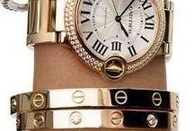 Klokker og smykker