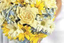 pretty flowers / by Amy Brinkmeyer
