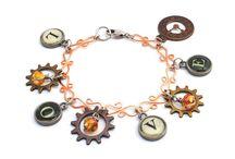 Awesome Bracelets / by Margo Horowitz