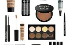 Cosmetics and accesories
