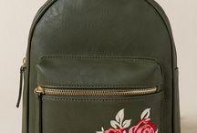 •mochilas•