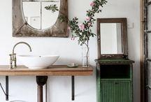 Farmhouse: Bath