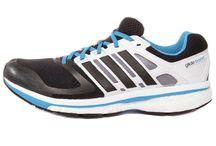 adidas Supernova Glide 6 / Adidas Supernova serisiyle yeni bir koşu deneyimine hazır mısın? İster form tutmak, ister sıkı bir antrenman için rahatlıkla tercih edebileceğiniz bu ayakkabının üretiminde kullanılan Formotion teknolojisi, zemin ile yumuşak, dengeli ve doğal bir temas sağlıyor. adiPRENE teknolojisi ile üretilmiş yastıklı taban sayesinde ayakkabı, ayağı en iyi şekilde kavrıyor. Adidas Supernova Glide ayakkabısını satın almak için hemen tıklayın! http://goo.gl/y3XJeX