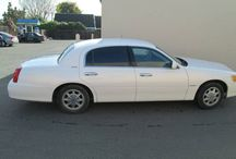 Used 1998 Lincoln Town Car For Sale ($5,500) at Hayward , CA 94544 / Make:  Lincoln, Model:  Town Car, Year:  1998, Exterior Color: White, InteriorColor:DarkGray,Doors:FourDoor,Vehicle Condition: Excellent,Mileage:77,000 mi, Fuel: Gasoline, Engine: 8 Cylinder, Transmission: Automatic, Drivetrain: 2 wheel drive.   Contact: 925-301-0052  Car Id (57137)