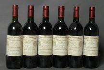 Vins - Bordeaux / Son indéniable qualité, marquée des plus hauts prix, fait du vin de Bordeaux une référence mondiale.