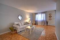 Beautiful decor - Home for Sale