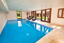 Coat Barn / Sleeps 18 people in 8 en suite bedrooms - Private indoor pool and games room - http://www.groupstays.co.uk/