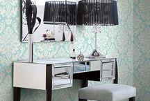 Styl glamour i tapety metaliczna folia / Glamour & metallic foil wallpaper