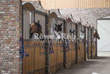 Röwer&Rüb in Netherlands / #horsestall #Keizersberg #Traumstall #Pferdestall #ovalwalker #horsewalker #freejump