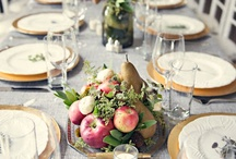 Thanksgiving Wedding Do's and Dont's / Having a holiday wedding can be tricky.  The most important thing to consider more than ever is your guests...let's face it, it is a holiday after all.  Here are some do's and dont's for doing a Thanksgiving wedding the proper way.