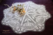 kunststricken / knitted lace especially decorative round type.