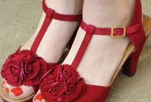 vintage red / by Peggy Lewis