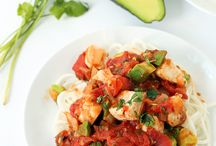 Spiralized Radish Recipes / Spiralized recipes made with radish.