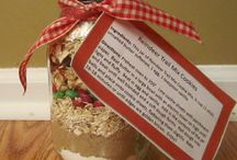 Gifts in a jar / by Diane Burch