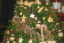 Primitive Christmas / by Breanna Heiss