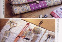 органайзеры для шитья и вязания / чеехлы для спиц и крючков, шкатулкия для рукоделия, хранение ниток и пр.)