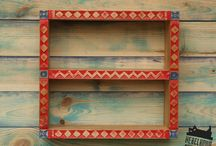 wooden shelf with woodcarving decorations / wooden shelf with woodcarving decorations