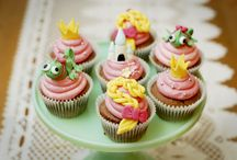 Creative Cupcakes, Cookies & Cakes / Ok, so we may have a MILD case of cupcake-itis and obsess just a little over the artful and scrumptious creations that adorn this board.  #cupcakes #cakes #cookies #yummy / by Raspberry Kids