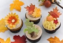Fall cupcakes/cake / by Dayna Doukara