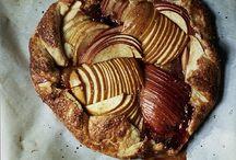 Apples / A treasure of Apple recipes