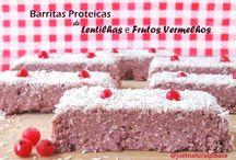 Barritas Proteicas de Lentilhas e Frutos Vermelhos / Ideais para o pós-treino, estas barritas são vegan, sem açúcar, sem óleo, sem soja, sem frutos secos e sem glúten.
