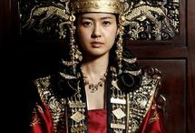 Secretele de la palat(The Great Queen Seon Deok)