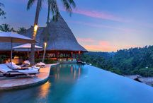 Luxury Travel in Bali / A breathtakingly beautiful island in the archipelago of Indonesia, Bali is a popular tourist destination. It is quite renowned for highly developed arts, including sculpture, traditional and modern dance, painting, leather, music and metalwork.
