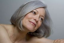 grey / white hair