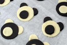 pečeme sladké mlsání, i nepečené / koláče, buchty, piškoty, pečené i nepečené cukroví