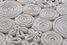 Lavori a maglia a telaio