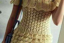 Sukienki, tuniki, spódniczki na szydełku