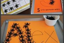 Halloween Books & Activities / Books, games and activities to entertain and educate kids during the spooky season!  Halloween Books for Kids | Halloween Crafts | Halloween Snacks